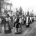 47 procesiune religioasa de boboteaza pe calea victoriei1 150x150 Galerie foto Bucurestiul vechi: Din societate